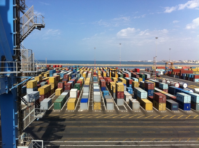 Vista del muelle en el que atracamos, el Quai du Terminal à conteneurs, en la nueva terminal de contenedores del puerto de Casablanca.