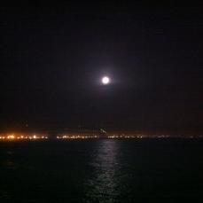 Luna llena sobre Agadir