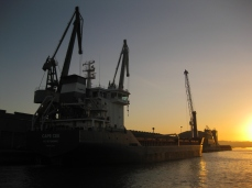 Atracamos en La Coruña al alba